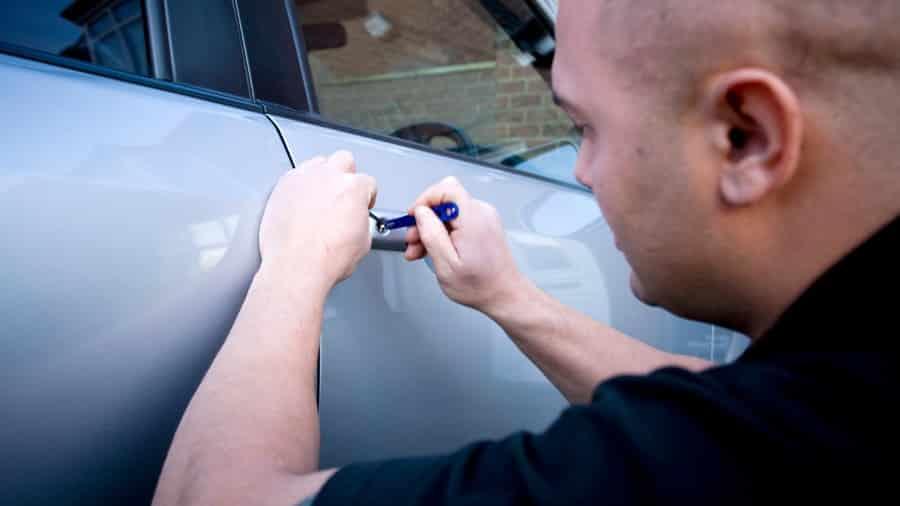 keys locked in car locksmith