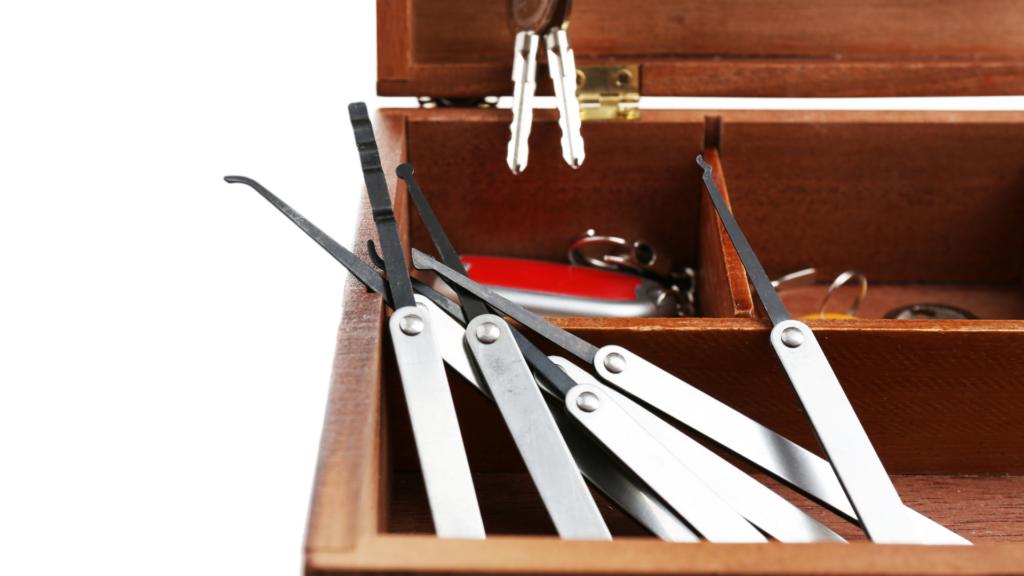 storing locksmith kits